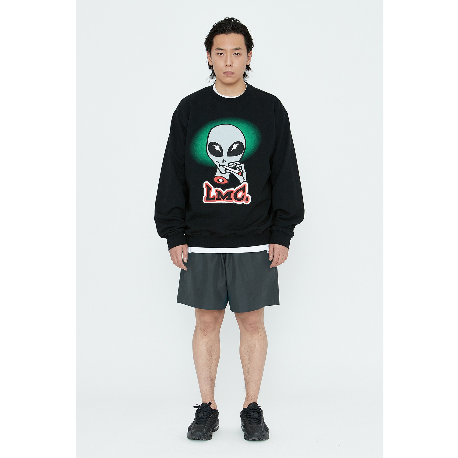 LMC SMOKING ALIEN SWEATSHIRT black