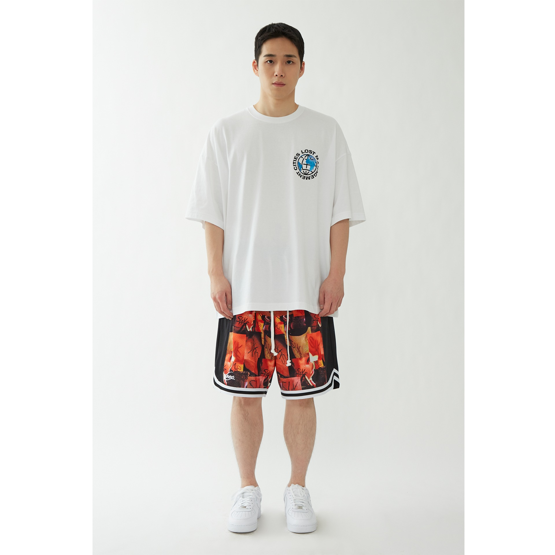 LMC EARTH WHEEL OVERSIZED TEE white