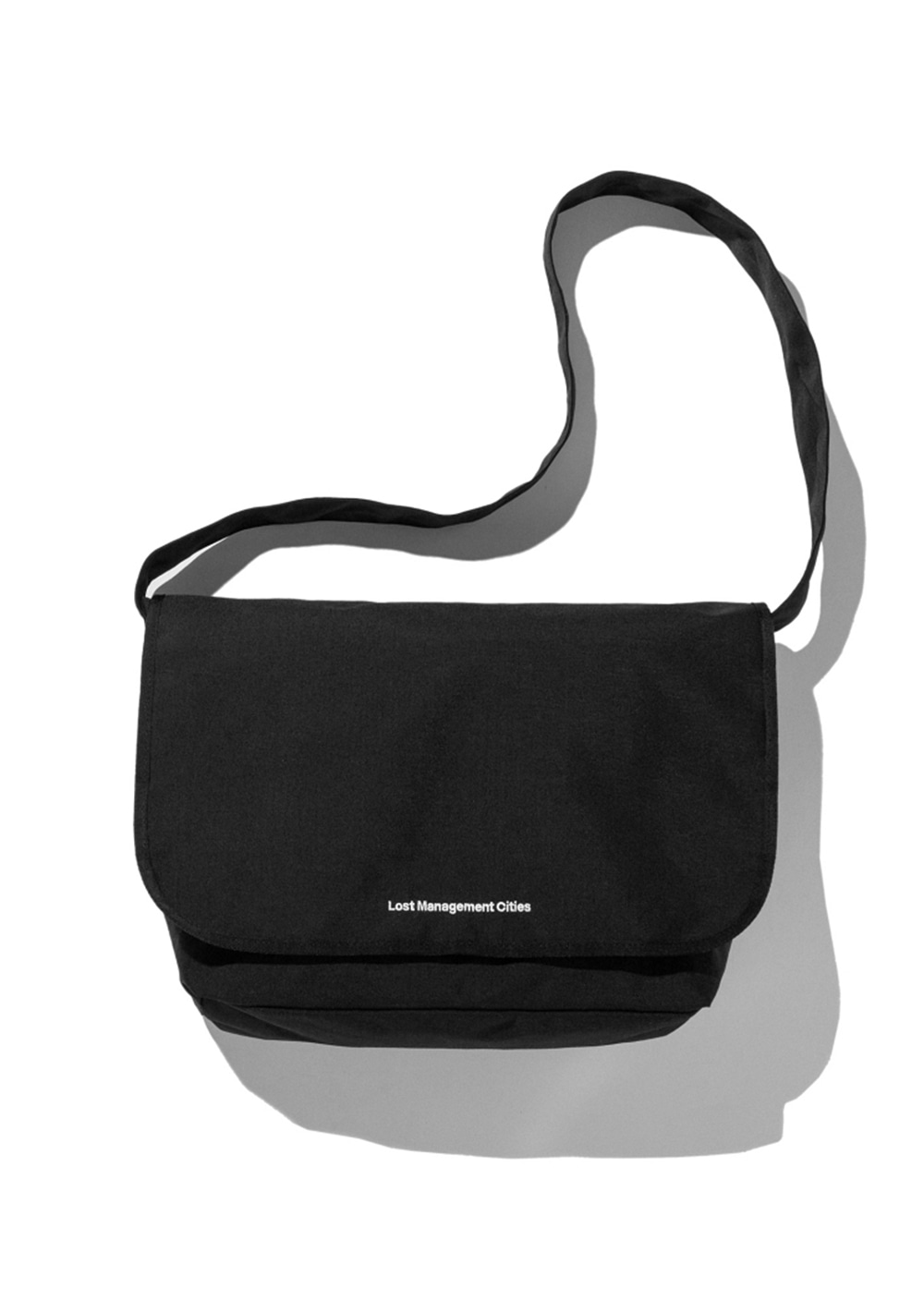 LMC SYSTEM MESSENGER BAG black