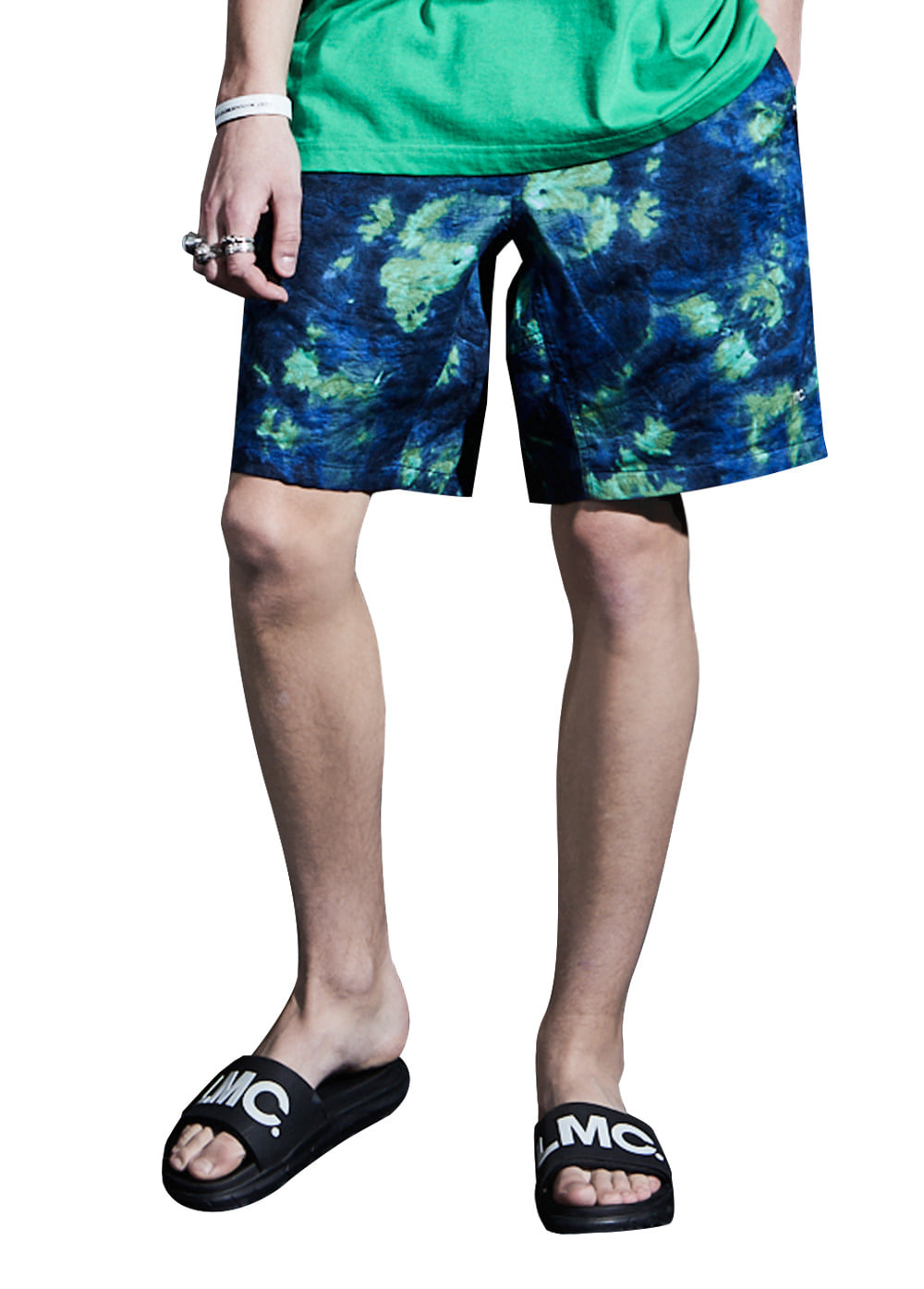 LMC ABYSS PANELLED EASY SHORTS blue